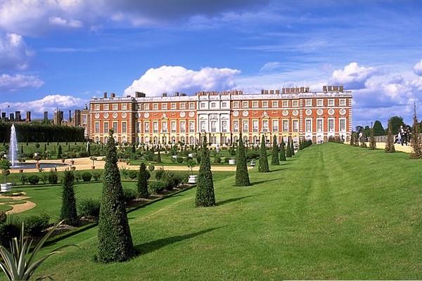 RHS Hampton Court Flower Festival & Kew Gardens