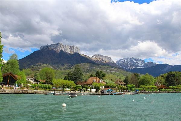 Medieval Annecy & Chamonix Alpine Adventure