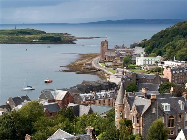 Oban & the Isle of Mull - Drams & Dances