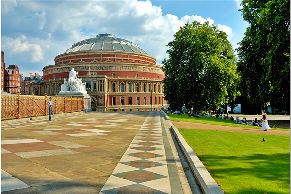 London Weekend and the Classical Spectacular